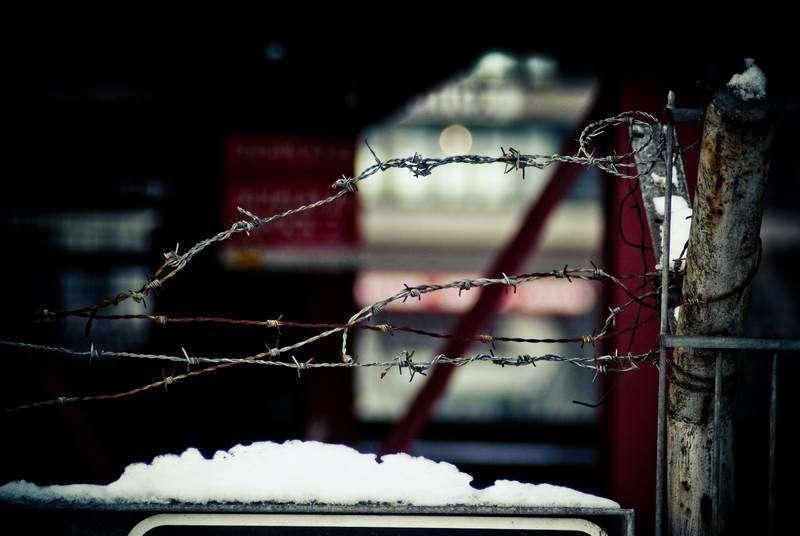 Stacheldraht am alten Millerntor? Keine Seltenheit
